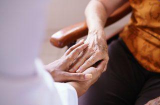 5 consigli pratici per migliorare la qualità della vita del disfagico